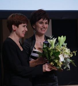 A díjátadó gálán dr. Gyarmati Andreával (fotó: www.aranyanyu.hu)